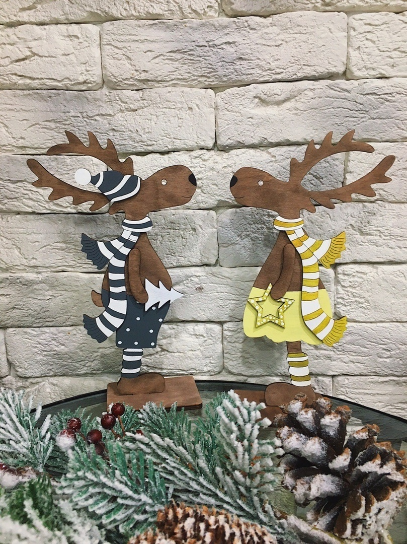 Christmas Deer Standing On A Stand Laser Cut CDR File